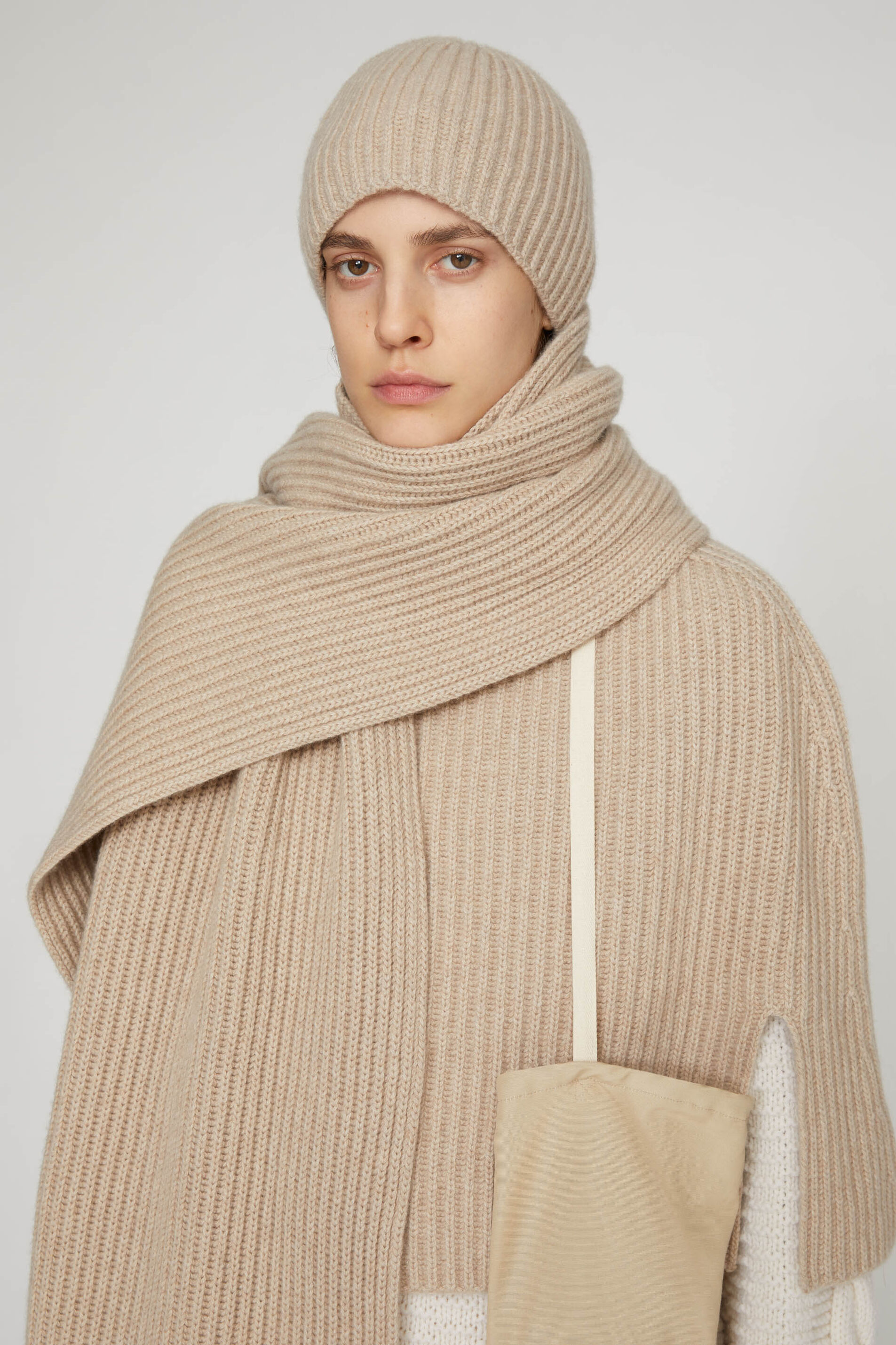 Cape, pastel brown, large