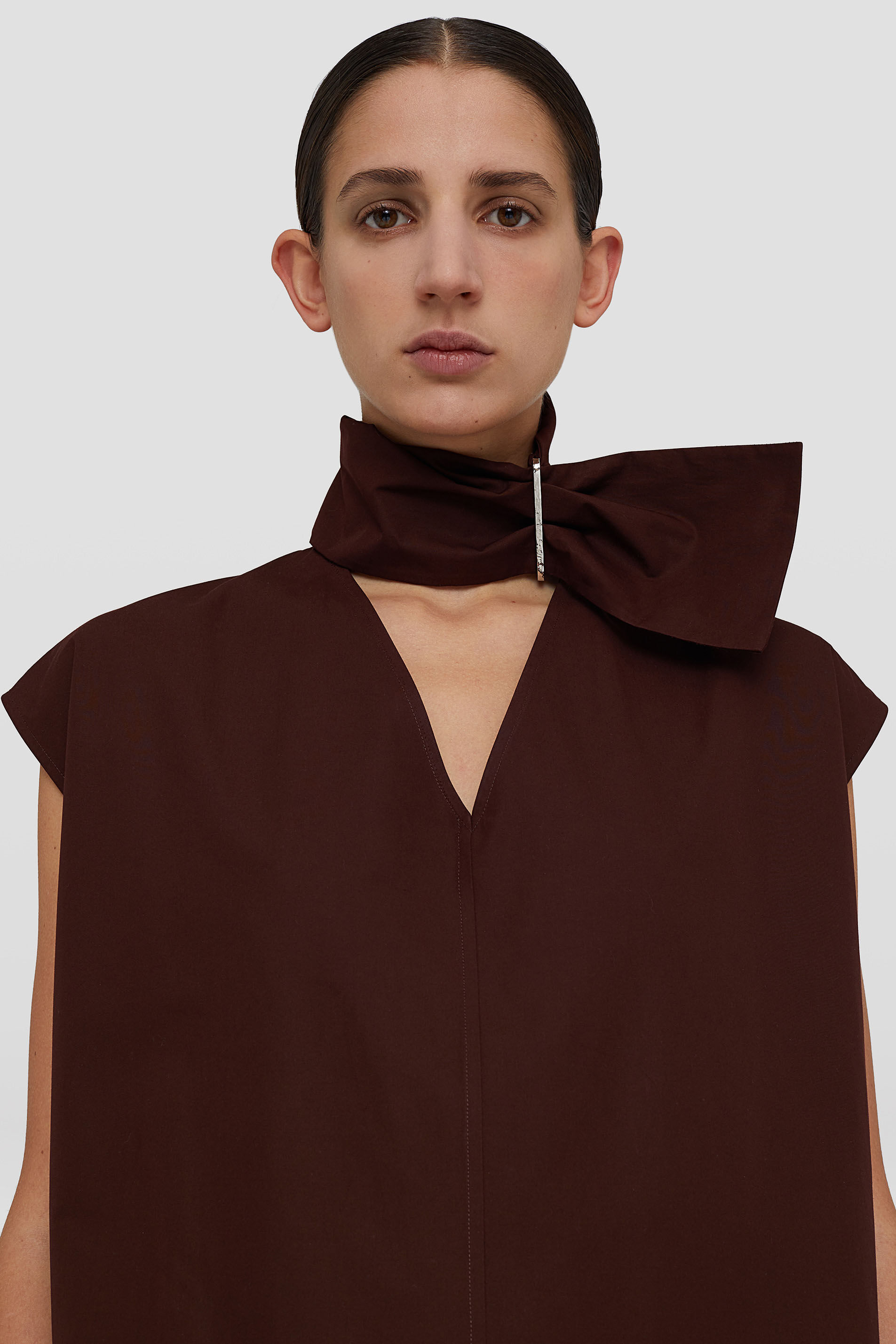 Top, dark brown, large
