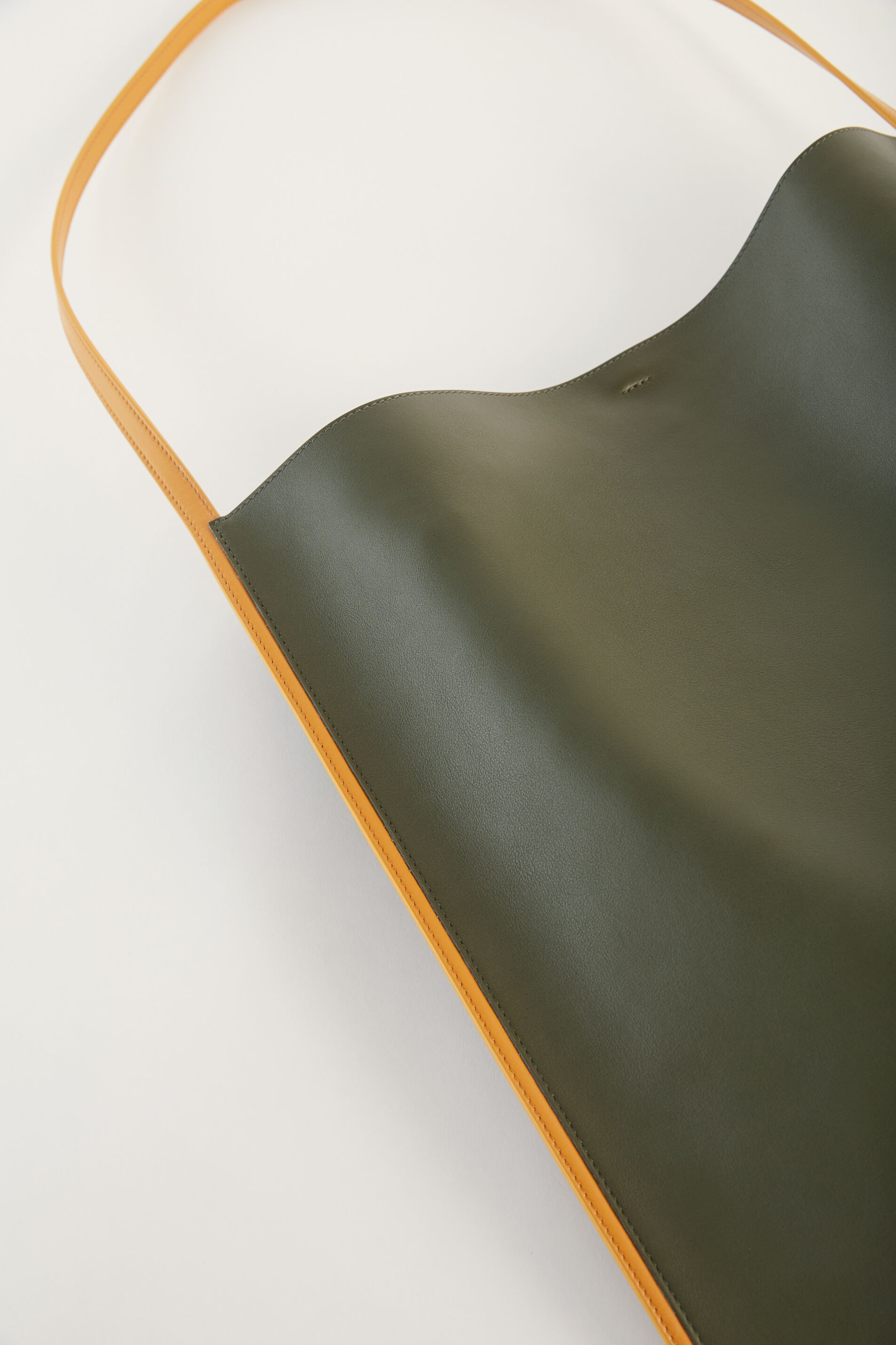 Shoulder, green, large