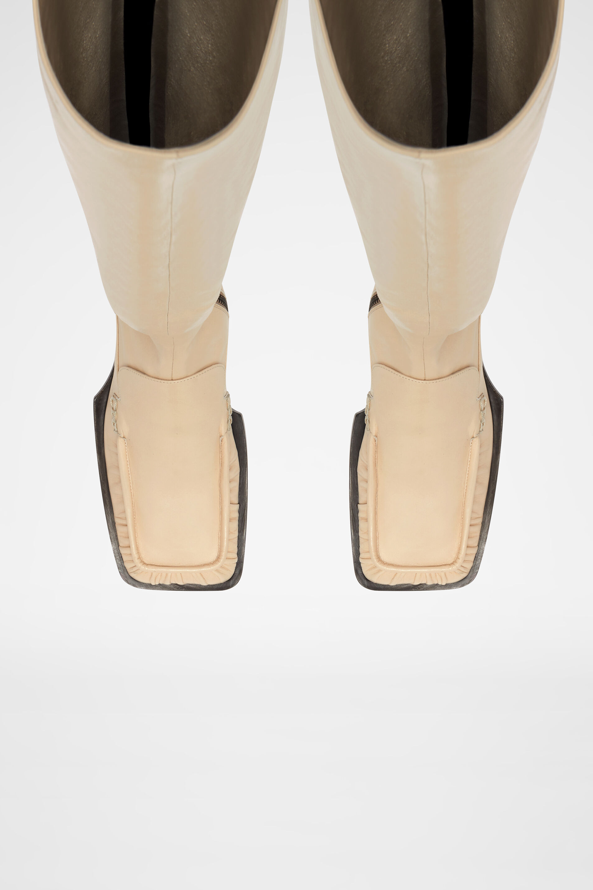Boots, natural, large