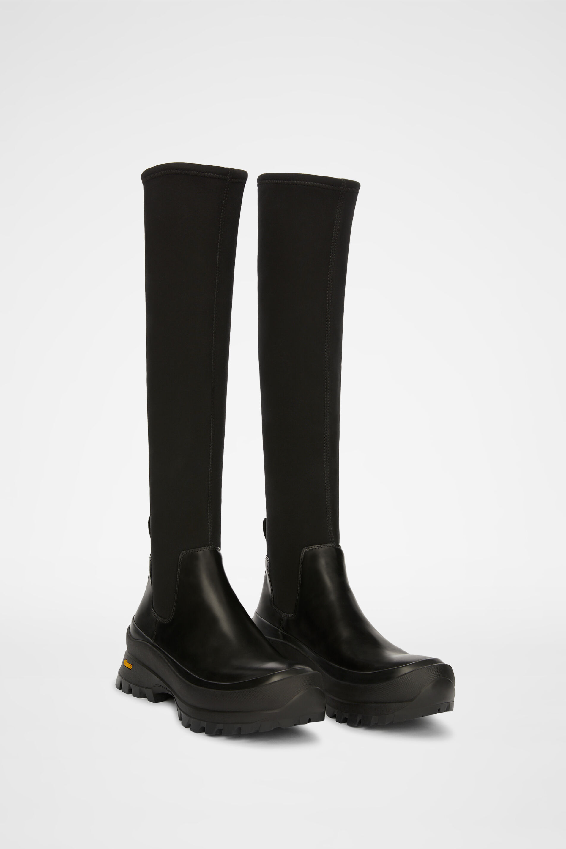 Boots, black, large