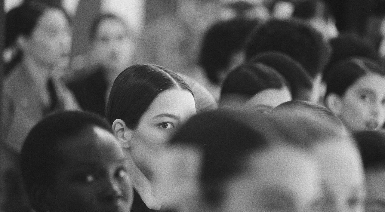 BEHIND THE SCENES AT THE WOMEN'S FALL/WINTER 2020 SHOW DOCUMENTED BY LINA SCHEYNIUS