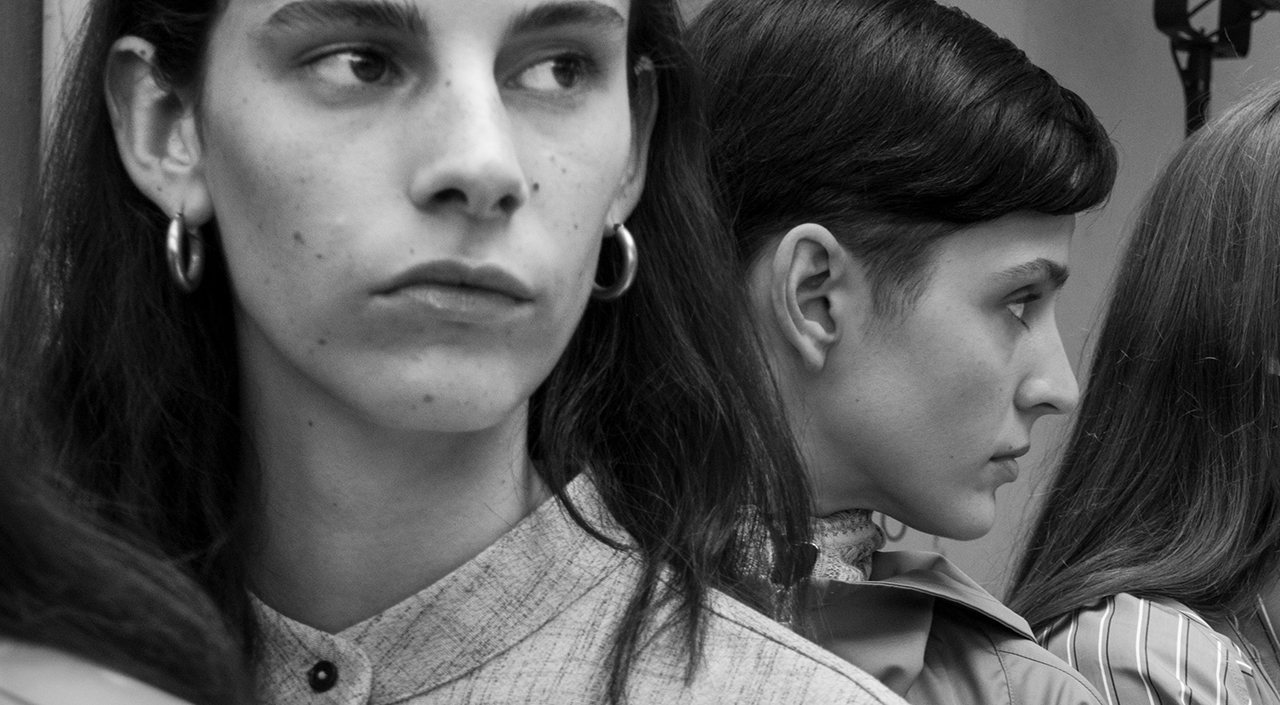 BEHIND THE SCENES AT THE WOMEN'S SPRING/SUMMER 2019 SHOW DOCUMENTED BY LARRY FINK